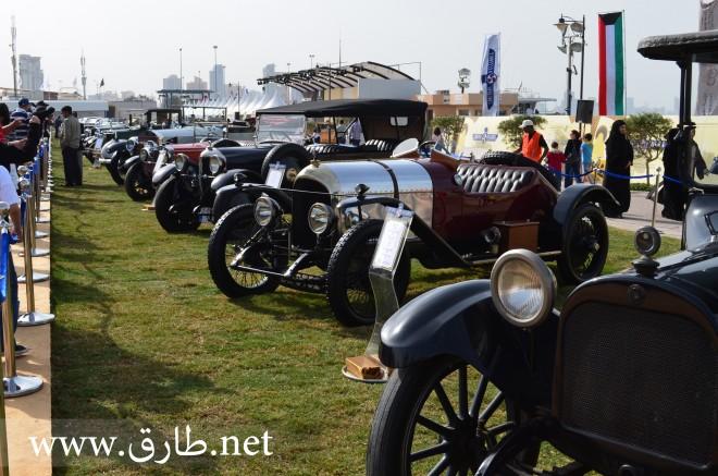 صورة لعرض السيارات الكلاسيكية في الكويت