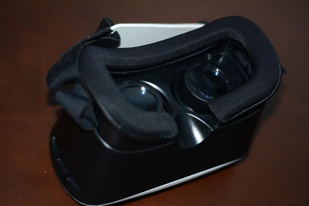 النظارة ثلاثية الأبعاد VR Box
